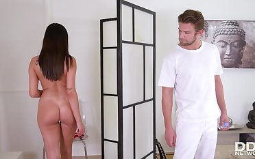 Alyssia Kent - Dark Hair Tot Fucks Her Masseuse