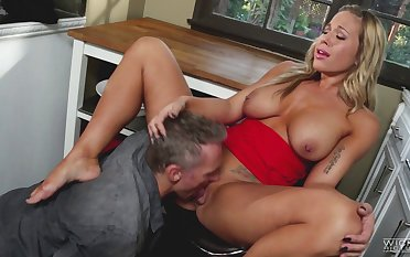 Blonde wife Olivia Austin fucked from behind in hammer away kitchen