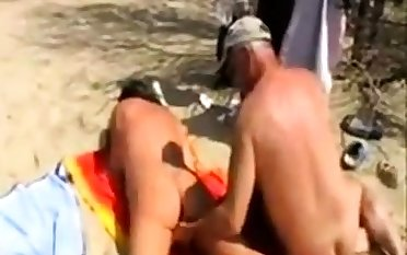 Girl fingered by exotic at the beach