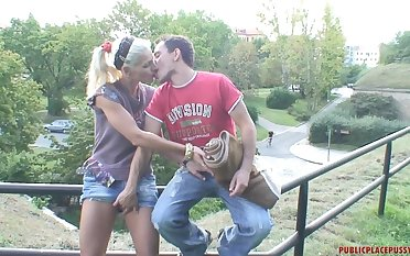 Risky outdoor fucking makes Kamila sex-mad and she begs him not to stop