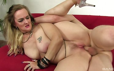 Chubby spliced Lillith Lust wanted to be fucked everywhere her sly porno