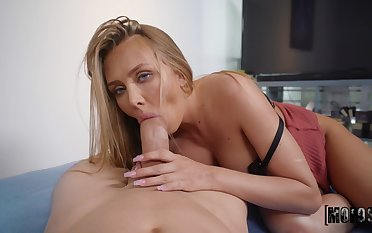 Peen-pleasing tart Jeanie Marie Sulivan gives up some wonderful pussy