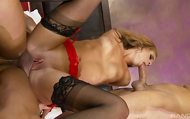 First ripen aggravation fucked in dirty threesome