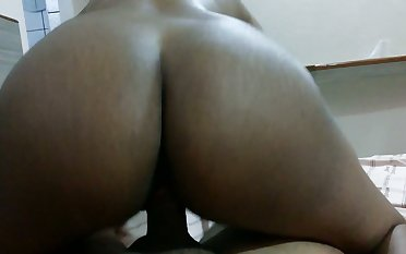 Big bottomed black GF of my buddy jiggles on his strong fat cock