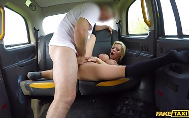 Naughty cab fuck for the classy MILF with fat gut