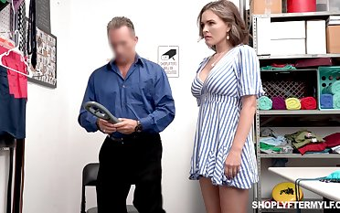 Super sexy hold-up man Krissy Lynn gets punished with regard to a winner block