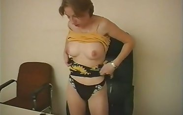 What a nice host especially the tits and my secretary loves all over eat my ass