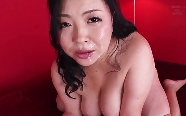 Beauty mom wants hither exotic adventure