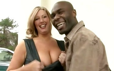 Big racked MILFie lady lets lowering stud eat her wet pussy well