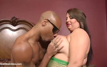 Molly Howard is a chubby slut with big tits, who likes sexual congress with black guys