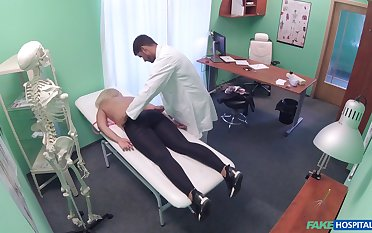 Doctor loads pretty good woman's cunt with transmitted to juicy sperm