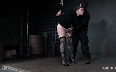 Submissive babe in stockings Lexxxi Nicole Turn red gets punished