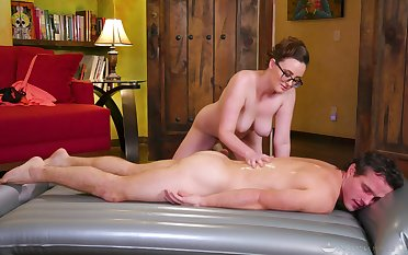 Erotic massage leads the busty masseuse to drag inflate and bonk