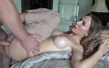 I Try Long Dreamed Of Fucking My StepMom