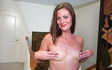 Model Vivian Smith in high heels enjoys pleasuring her pussy