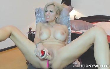 Prex Milf Makes Herself Cum in Wonder - Milf