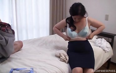 Pussy put to rout makes chubby Kawa Tayurie wet and ready to be fucked