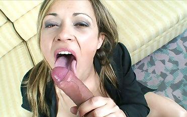 Spanish real coupler Maria + Jose show their favorite anal