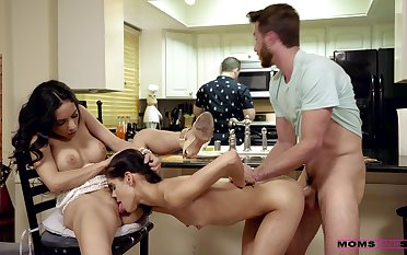 Busty wife Katya Rodriguez shares her hubby with sexy Tia Cyrus